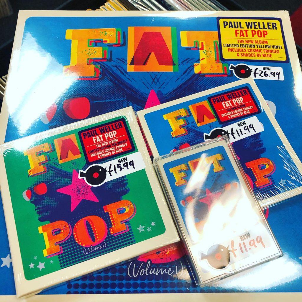 Lo nuevo de Paul Weller, en todos los formatos posibles: vinilo, CD y cassette.